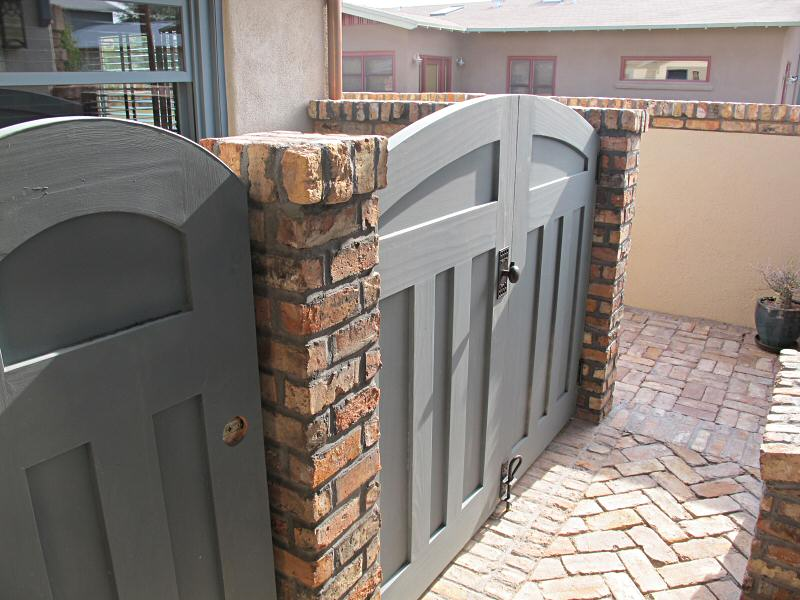 arched top Craftsman gates